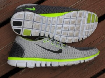 dolor de muelas Línea de metal Arquitectura  Nike Free 3.0 Review – Nike's Answer to Simulating Barefoot Running
