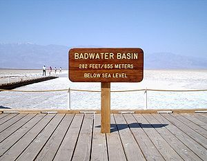 The 2009 Badwater Ultramarathon (with video)