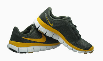 9c7ceb161842 Wired s Crappy Review of the Nike Free Run+  Ignoring Running Science and  Themselves