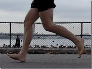 foot-strike-photos-from-the-nyc-barefoot-run-21