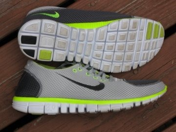 121f6d319b The original incarnation of the Nike Free 3.0 was a masterpiece. It was the  shoe that led me away from heavy stability trainers and into the world of  ...