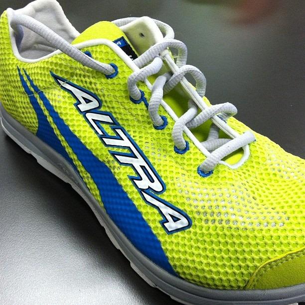 Road Runner Shoe Store Newbury Park Ca