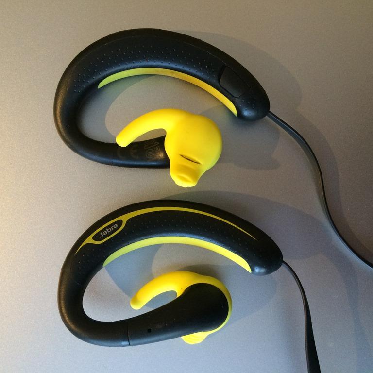 wireless bluetooth headphones for running jaybird freedom. Black Bedroom Furniture Sets. Home Design Ideas