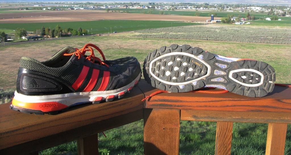 sports shoes 89307 6ca70 adidas adizero XT 5 Review  An adios Designed for the Trail